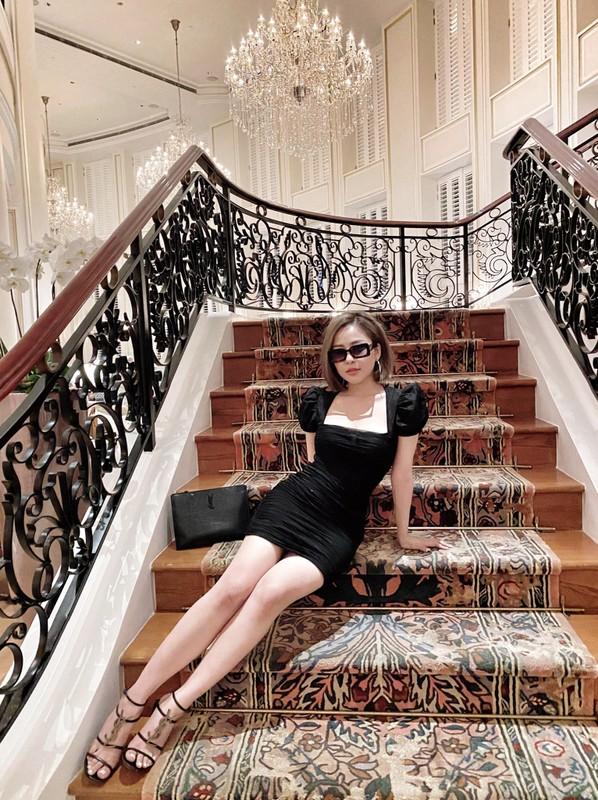 Lo anh dap mat na, hot girl Tram Anh khien dan tinh hu via-Hinh-9