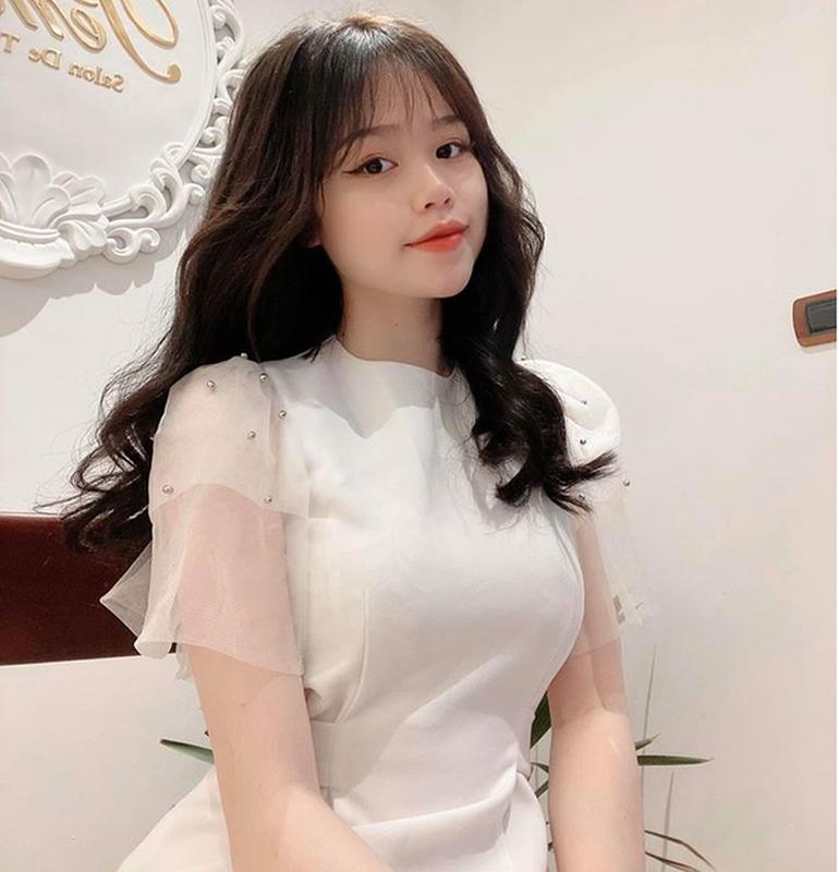 Hot girl Huynh Anh lo chi tiet ro