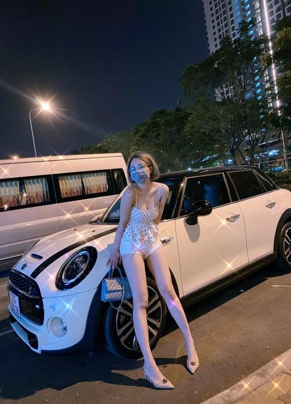 Chiec quan phan chu, hot girl Tram Anh lo vung sieu nhay cam-Hinh-3