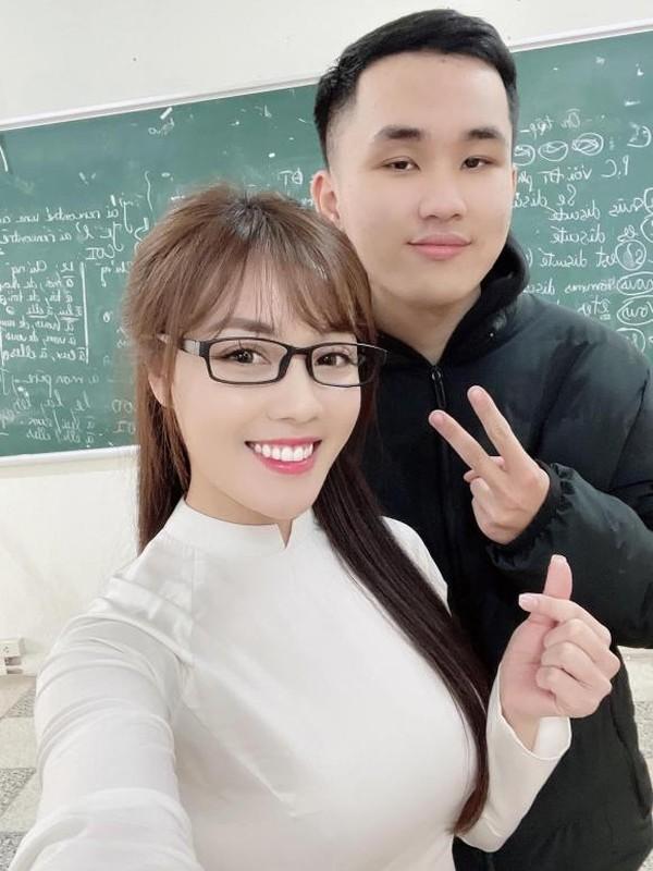 Check-in cung sinh vien, Au Ha My khang dinh van duoc yeu quy-Hinh-6