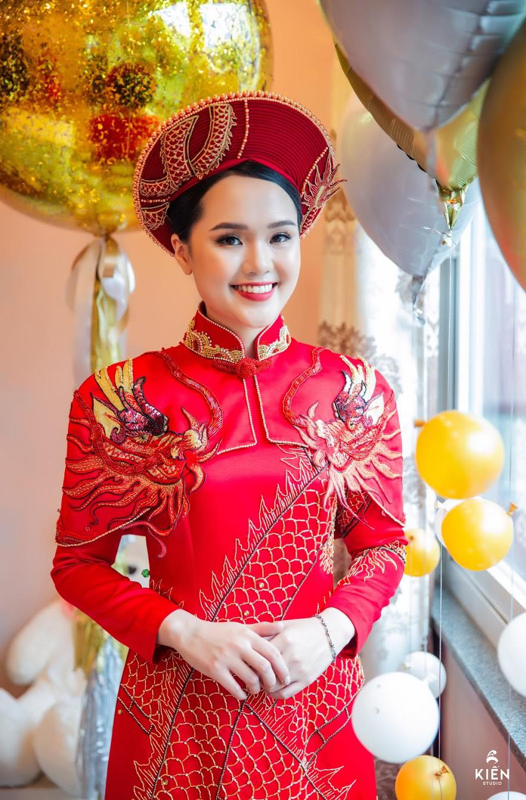 """Nhan sac """"troi sut"""" kho hieu, """"cong chua beo"""" khien fan dat cau hoi-Hinh-12"""