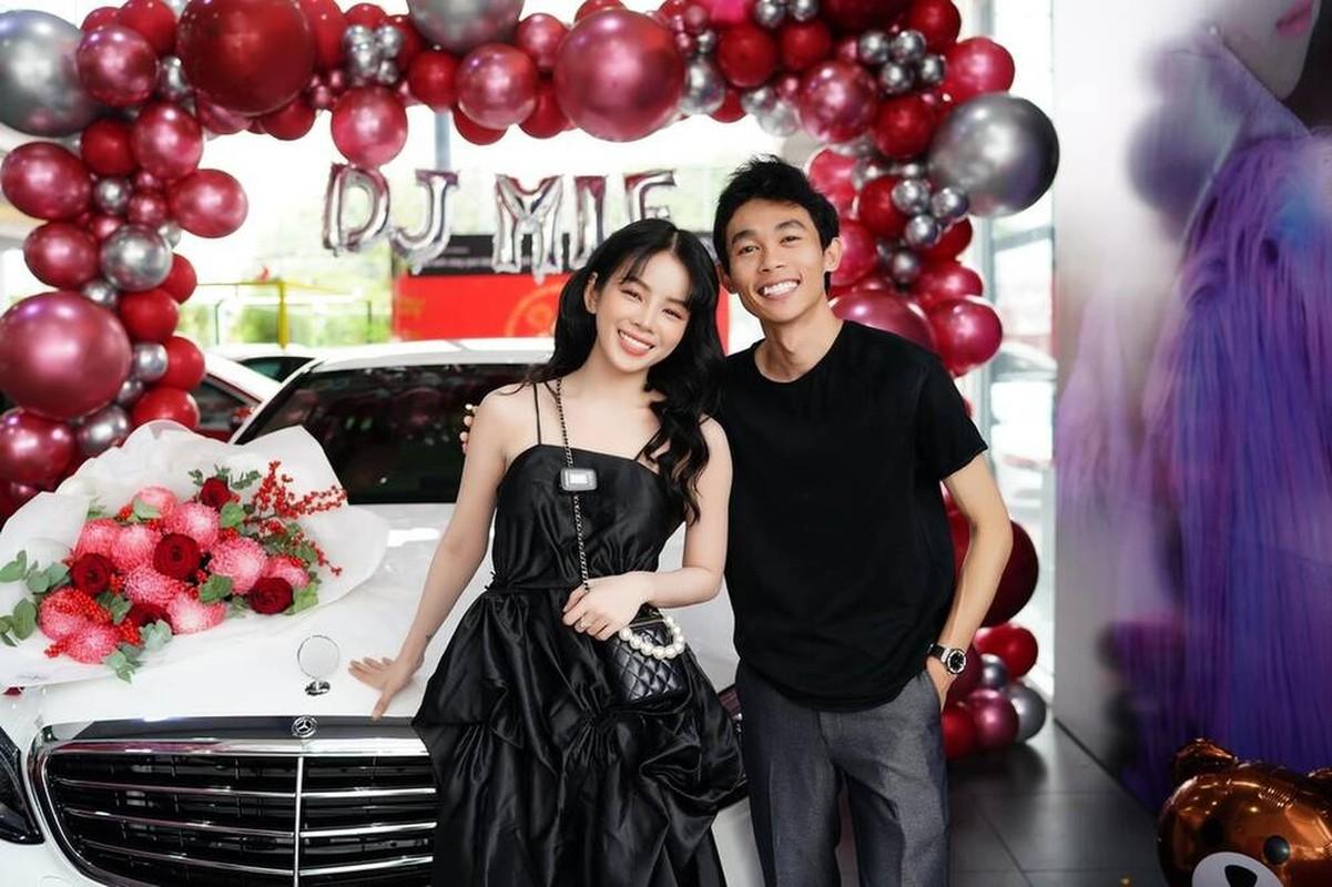 DJ Mie nam tay ban trai khoe xe khung, dap tan tin don chia tay-Hinh-3