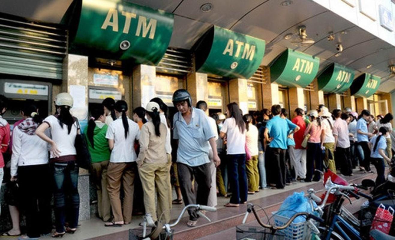 Am anh ngay can Tet di rut tien o ATM, dan mang keu troi-Hinh-10