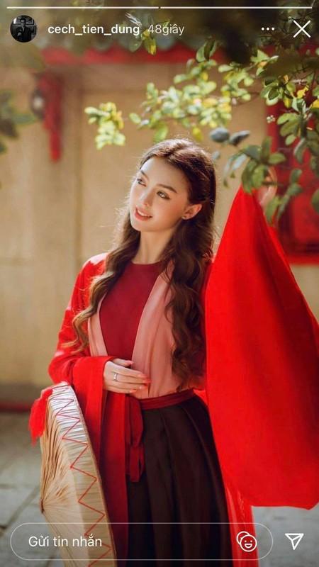Ban gai Tay cua Bui Tien Dung dien ao dai ngam ma me-Hinh-2