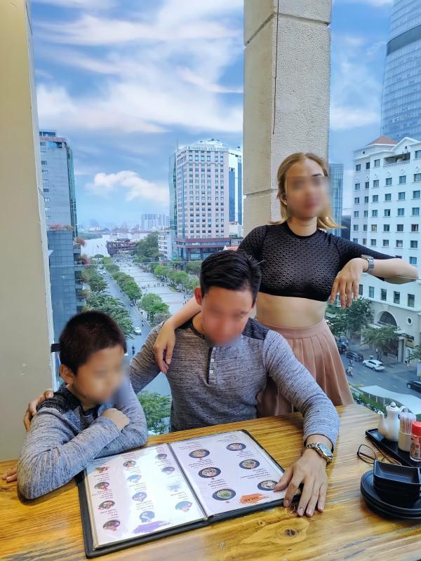 "Nguoi phu nu ""nghien tha rong"" vong mot phan phao, netizen phan no-Hinh-12"