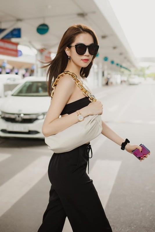 Fan bat ngo voi Ngoc Trinh sau vu bi hang xom quay len-Hinh-7