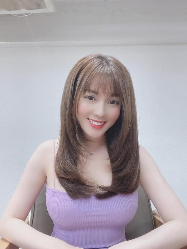 Khoe toc moi, nu giang vien hot girl duoc khen xinh nhu bup be-Hinh-5