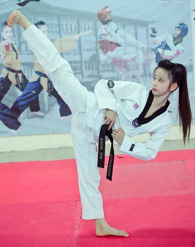 Khoe biet tai xoac chan thuong thua, hot girl Taekwondo Viet gay sot-Hinh-12