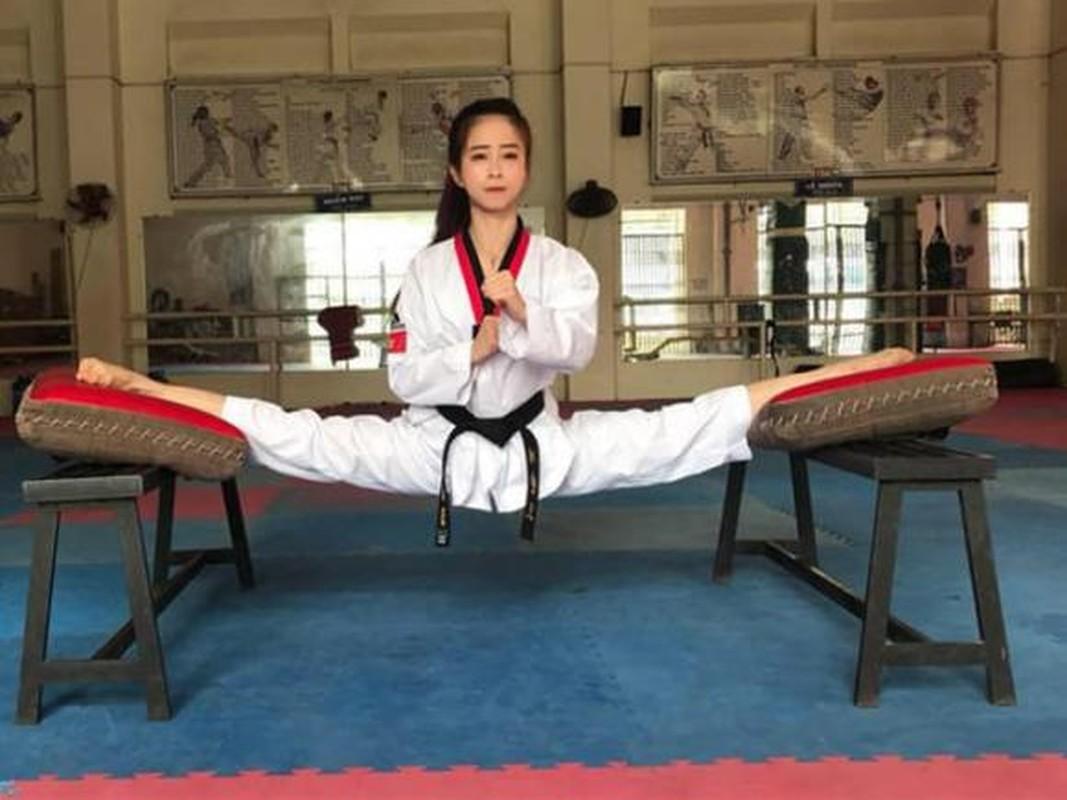 Khoe biet tai xoac chan thuong thua, hot girl Taekwondo Viet gay sot-Hinh-2