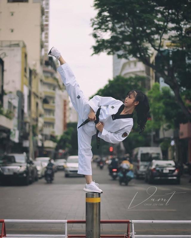 Khoe biet tai xoac chan thuong thua, hot girl Taekwondo Viet gay sot-Hinh-4