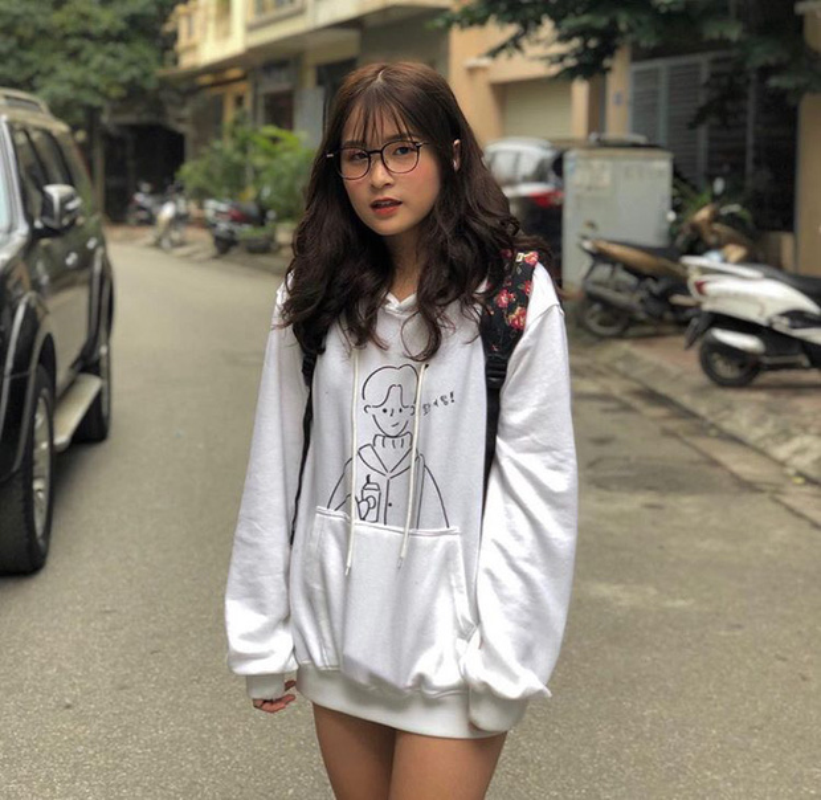 Rich kid lang TikTok lo mat, netizen phat choang voi cach tieu tien-Hinh-9