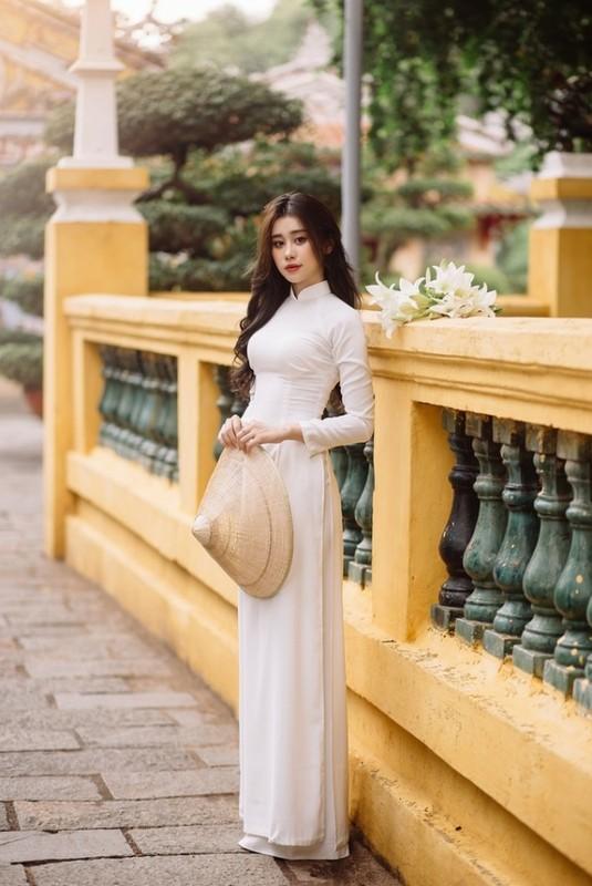 Gai xinh Dak Lak dien ao dai khien netizen khen het loi-Hinh-2