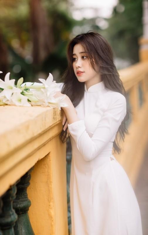Gai xinh Dak Lak dien ao dai khien netizen khen het loi-Hinh-6