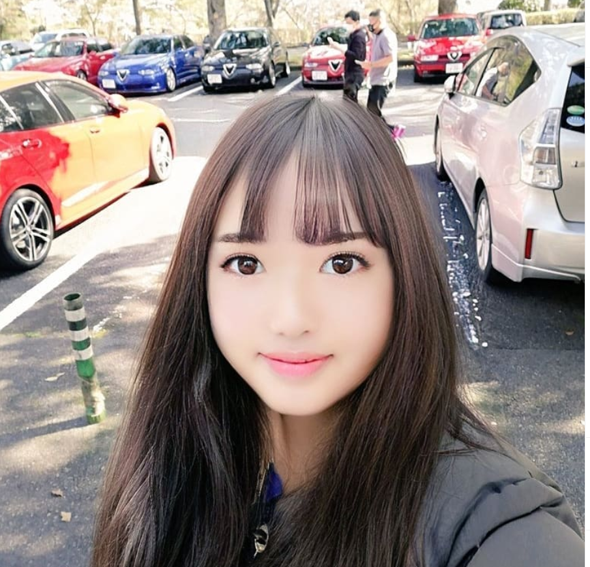 Dung FaceApp, ong chu tuoi 50 bien thanh hot girl gay sot mang-Hinh-8