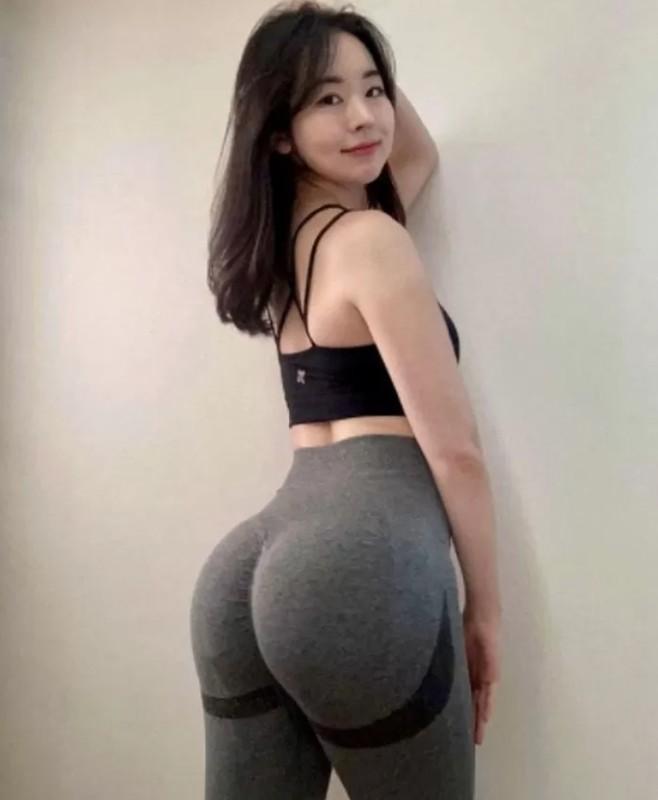 Sang lam y ta toi lam Youtuber, gai xinh Han Quoc khien netizen phat sot-Hinh-11