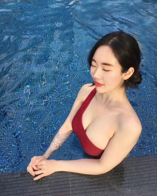 Sang lam y ta toi lam Youtuber, gai xinh Han Quoc khien netizen phat sot-Hinh-5