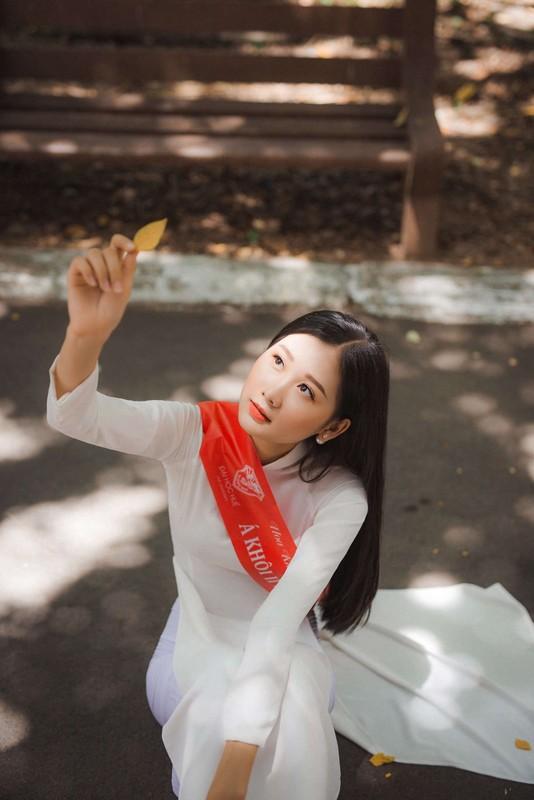 Dien ao dai, A khoi Dai hoc Hue khien netizen ngam hoai khong chan-Hinh-10