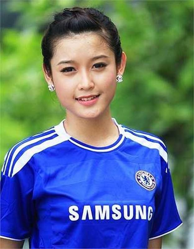 Chelsea vo dich cup C1, A hau Huyen My rang ro het co-Hinh-11