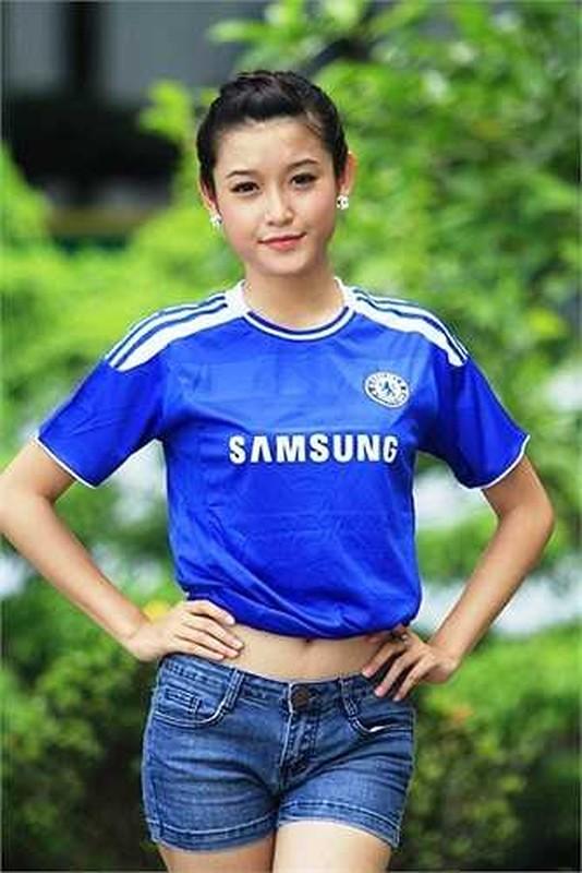 Chelsea vo dich cup C1, A hau Huyen My rang ro het co-Hinh-12