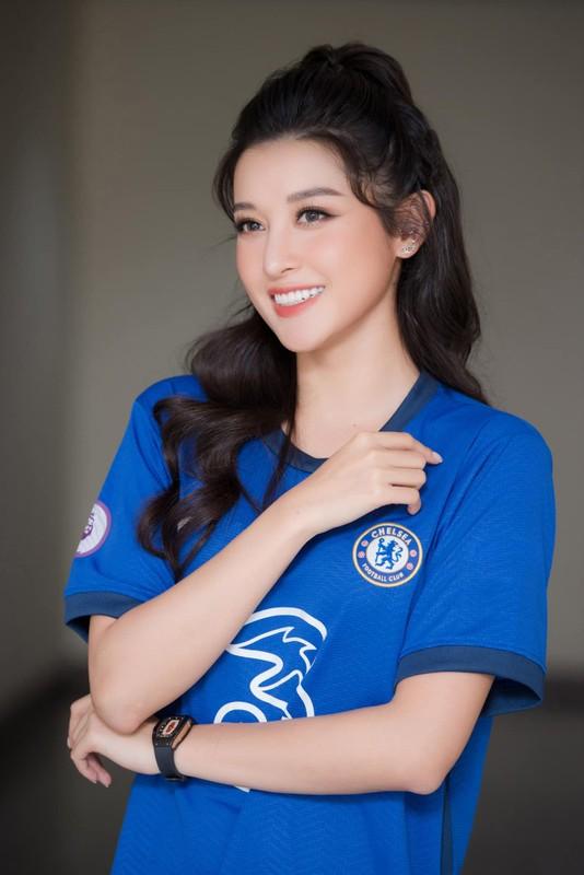 Chelsea vo dich cup C1, A hau Huyen My rang ro het co-Hinh-3