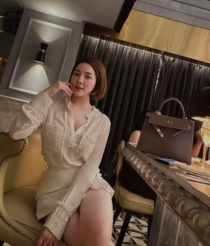 Dang anh cuc gat ve dan ong, hot girl Tram Anh gay sot-Hinh-9