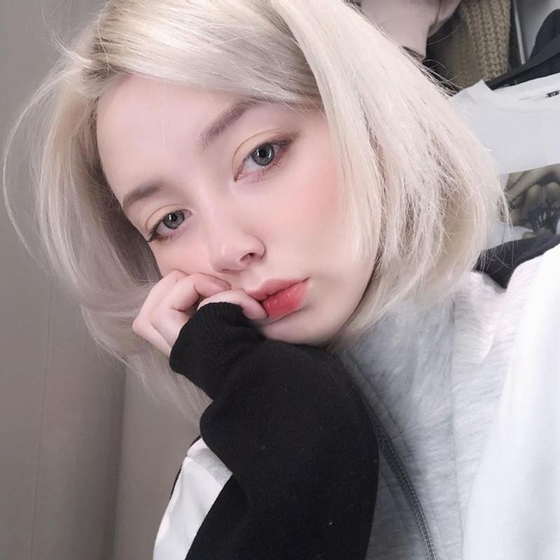 Dep tua tinh dau, hot girl Nga lam netizen tan chay la ai?-Hinh-2