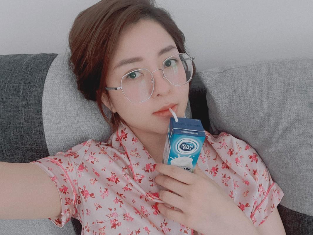 Nhay quyen ru lo body sieu hot, hot girl Tram Anh dot mat netizen-Hinh-10