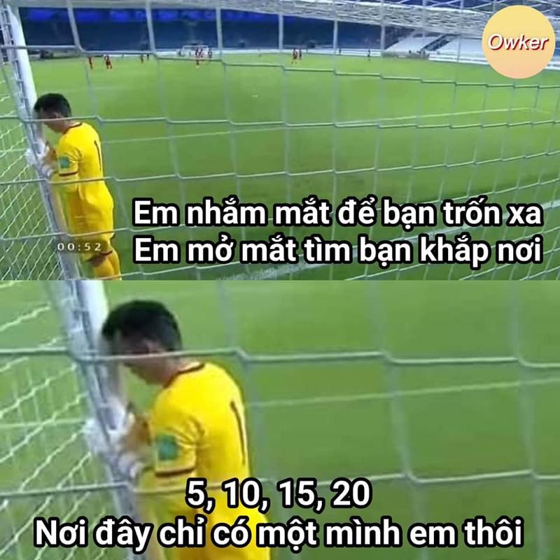 Thu mon doi tuyen Viet Nam bi soi anh xai app va cam thuong-Hinh-12