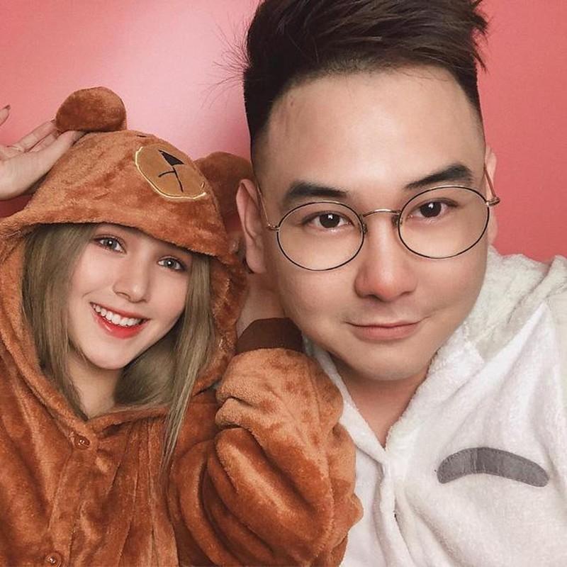 """""""Đào mộ"""" clip của vợ, """"streamer giàu nhất Việt Nam"""" nhận cái kết đắng"""