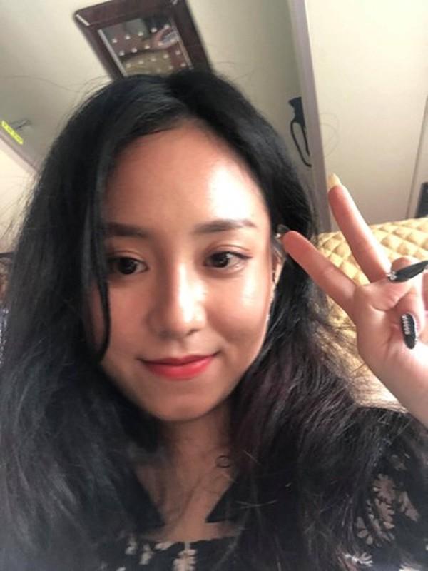 Lo mieng noi tuc ngay tren song livestream, co giao Minh Thu gay choang-Hinh-9