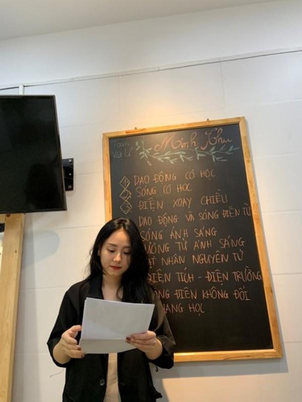 Viet dong trang thai, co giao Minh Thu bi
