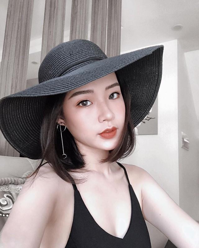 O nha gian cach, dan gai xinh van to chuc dai hoi khoe dang-Hinh-2