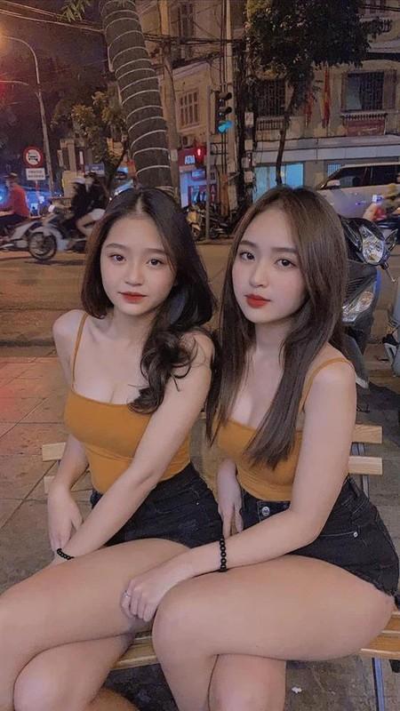 Hot girl Le Phuong Anh dang noi dinh dam mang xa hoi la ai?-Hinh-3