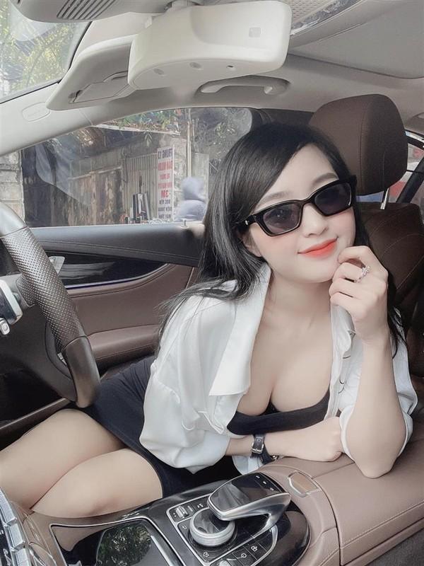 Hot girl Le Phuong Anh dang noi dinh dam mang xa hoi la ai?
