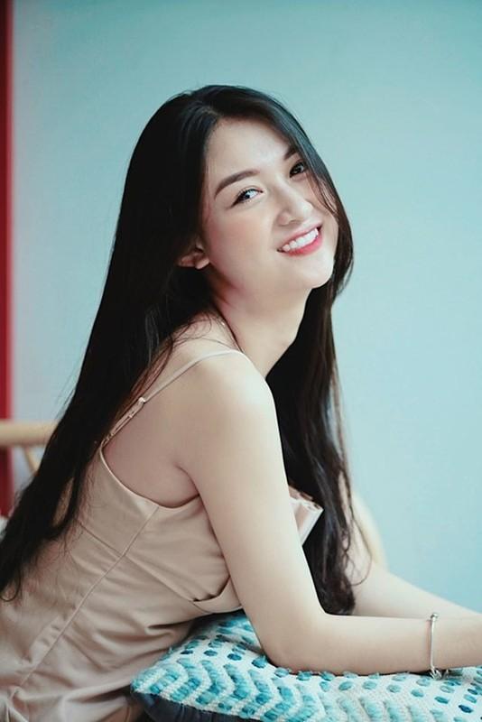 Sau lum xum lo clip nong, nu phu Ve Nha Di Con mo Facebook-Hinh-4