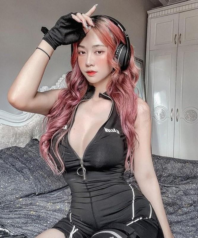 Bi don lo clip nong, Le Bong bat ngo len tieng gay chu y-Hinh-9