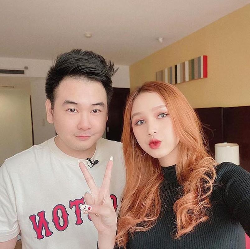 """Vợ hỏi đặt tên con, """"streamer giàu nhất Việt Nam"""" trà lời bá đạo"""