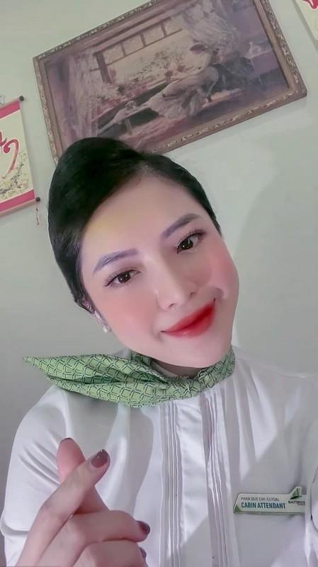 Nu tiep vien hang khong va nhom mai tang 0 dong o TP HCM-Hinh-11