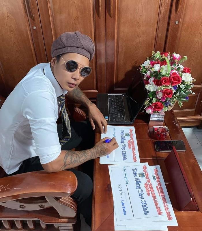 Dem hom, Loc Fuho pha ky luc livestream CEO khu du lich Dai Nam-Hinh-7
