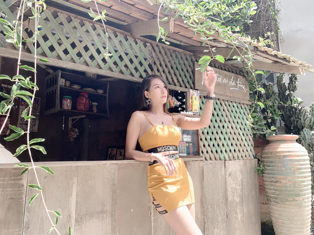 Review luong kho quan doi, gai xinh bong noi tieng mang xa hoi-Hinh-11