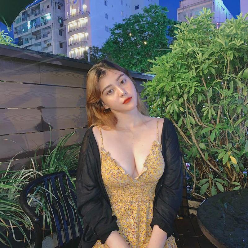 Hot girl lai Tay buc xuc vi bi cat ghep noi dung nhay cam-Hinh-5