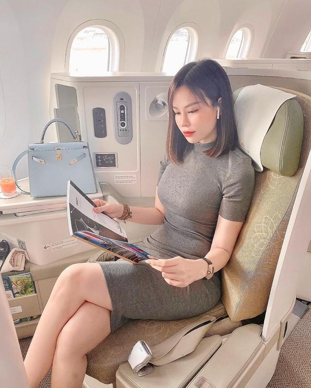 Con dau ty phu Hoang Kieu len song, netizen