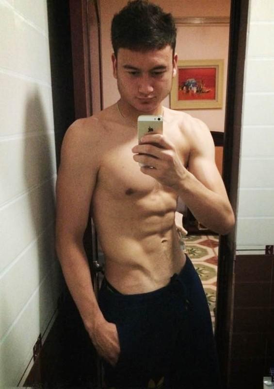 Ven ao khoe body, thu mon doi tuyen Viet Nam gay me chi em-Hinh-9