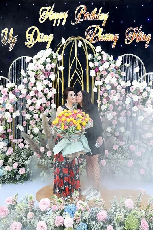 Ba Phuong Hang tiet lo dieu it ai biet ve ai nu duy nhat-Hinh-11