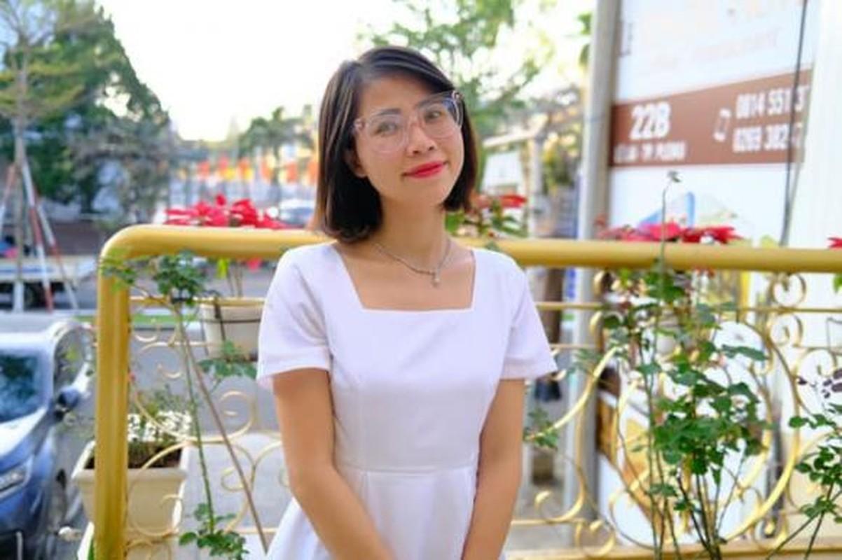 YouTuber Tho Nguyen khoe do giau, tiet lo khong nho het so tai san
