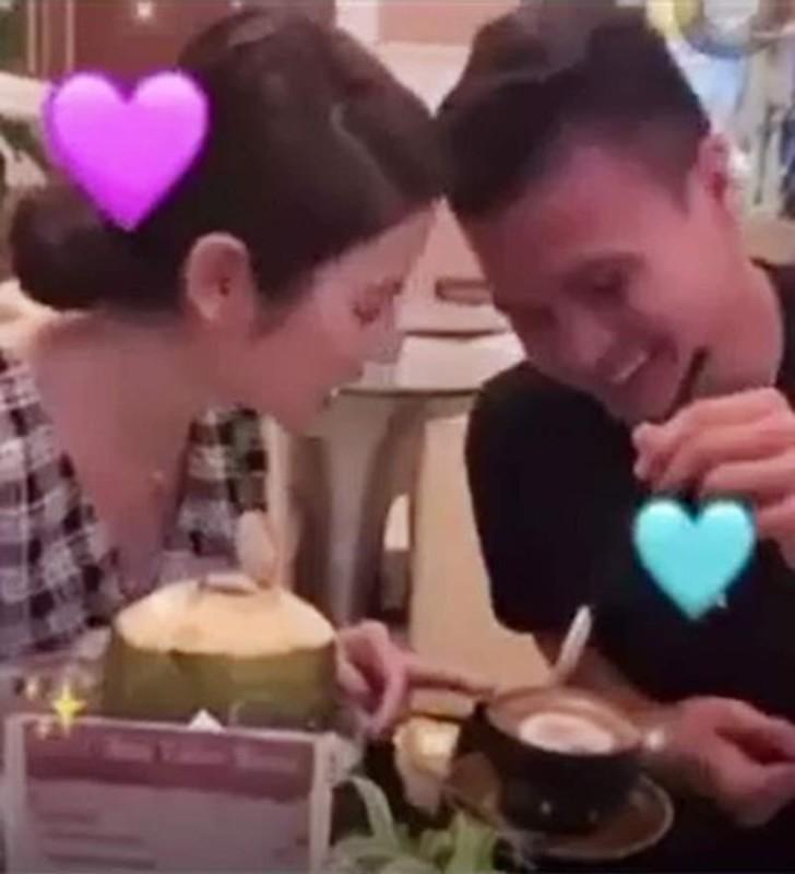 "Chua cong khai, Quang Hai va ban gai co 1 ""ro"" hint hen ho-Hinh-7"