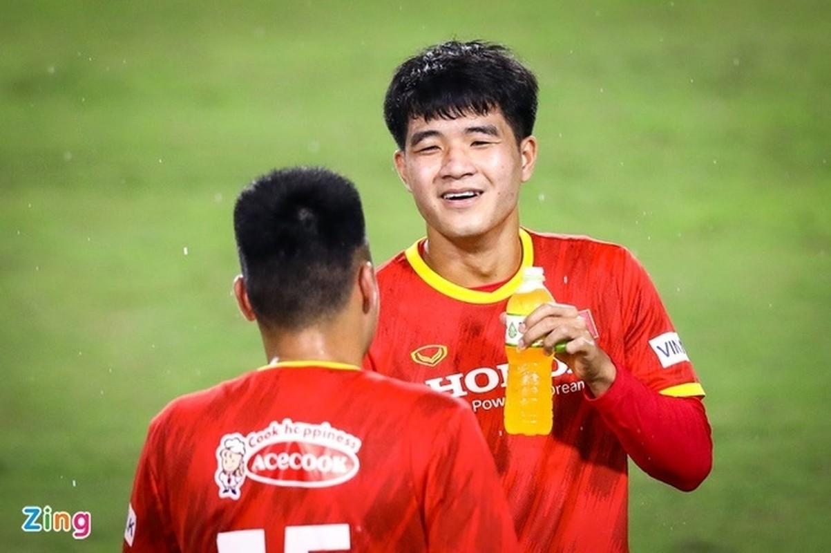 Hang cong be tac, doi tuyen Viet Nam dam manh tay thay doi-Hinh-12