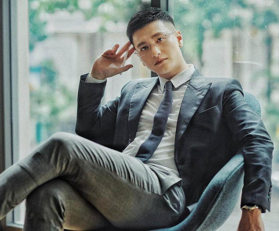Bay hang thuong gia, Huynh Anh co hanh dong dang xau ho-Hinh-3