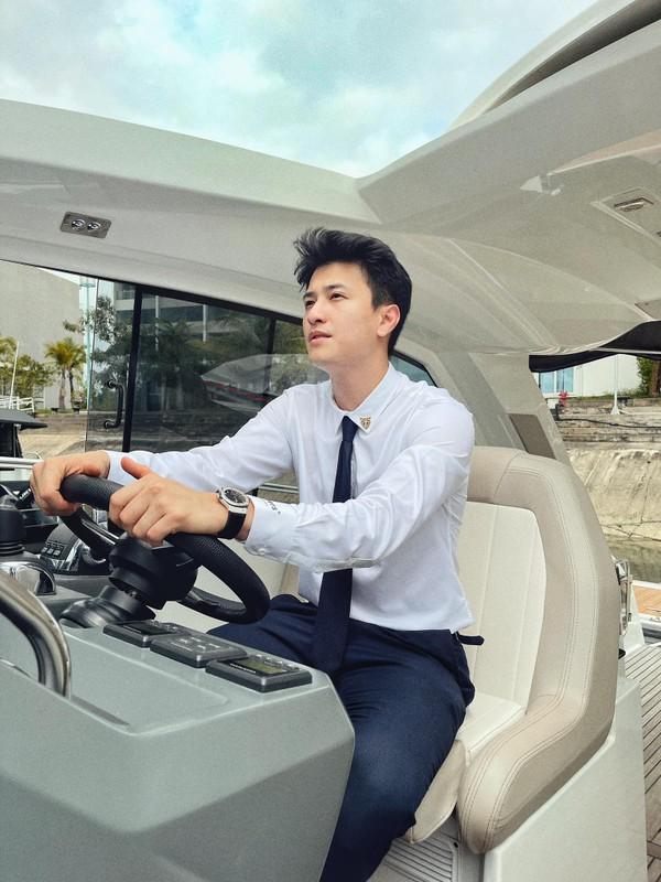 Bay hang thuong gia, Huynh Anh co hanh dong dang xau ho-Hinh-8