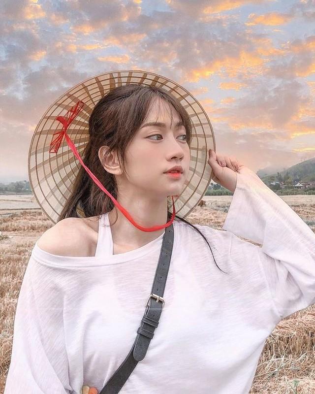 Bi che xuc pham nghe thuat, Le Bong dap tra netizen bang giai thuong-Hinh-9